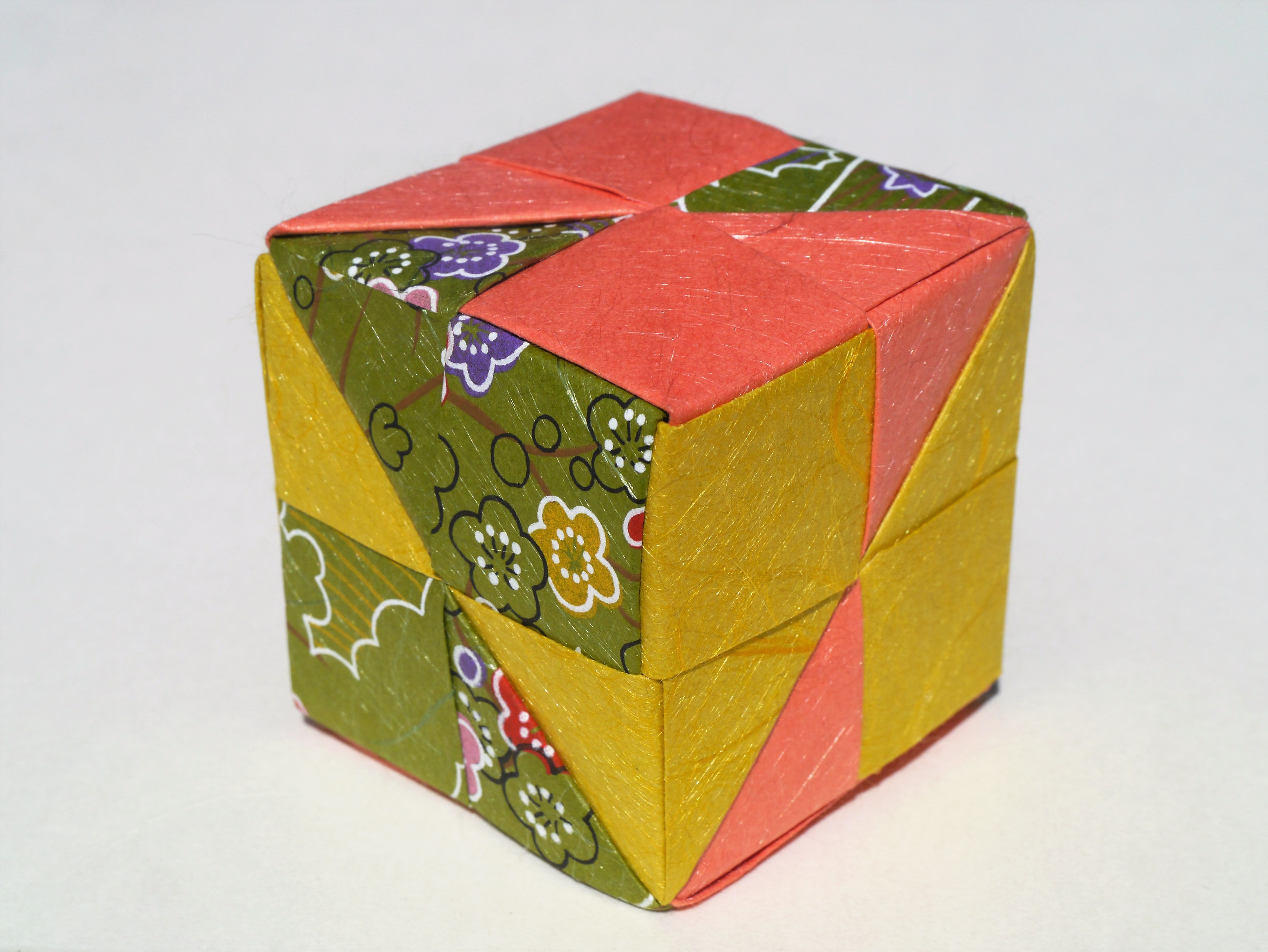 How To Fold Origami Cube How To Make An Origami Cube In 18 Easy Steps From Japan Blog