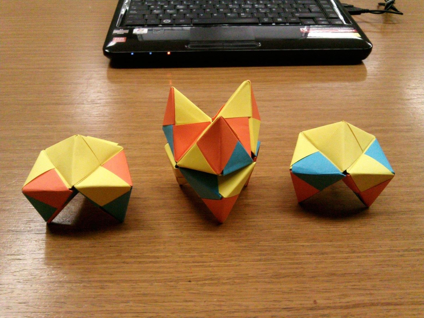 How To Fold Origami Cube Modular Origami How To Make A Cube Octahedron Icosahedron From