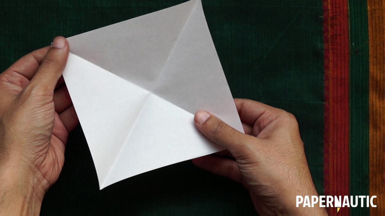 How To Make An Origami Tulip How To Make An Easy Origami Tulip Video Tutorial Papernautic