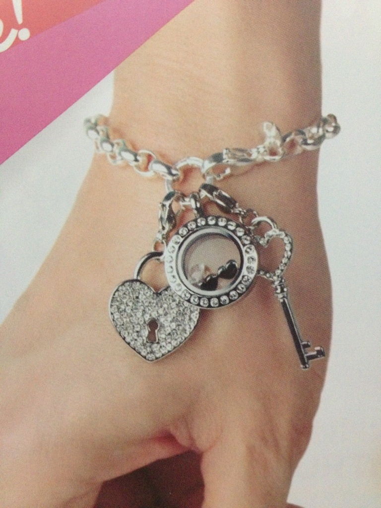 Origami Owl Over The Heart Chain Over The Heart Link Chain And Link Bracelets Are Here San Diego